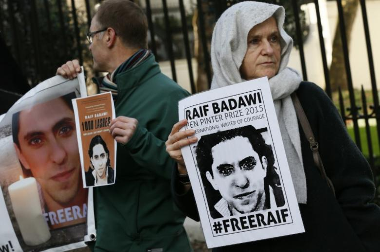 Imprisoned Saudi blogger faces more lashes: supporters